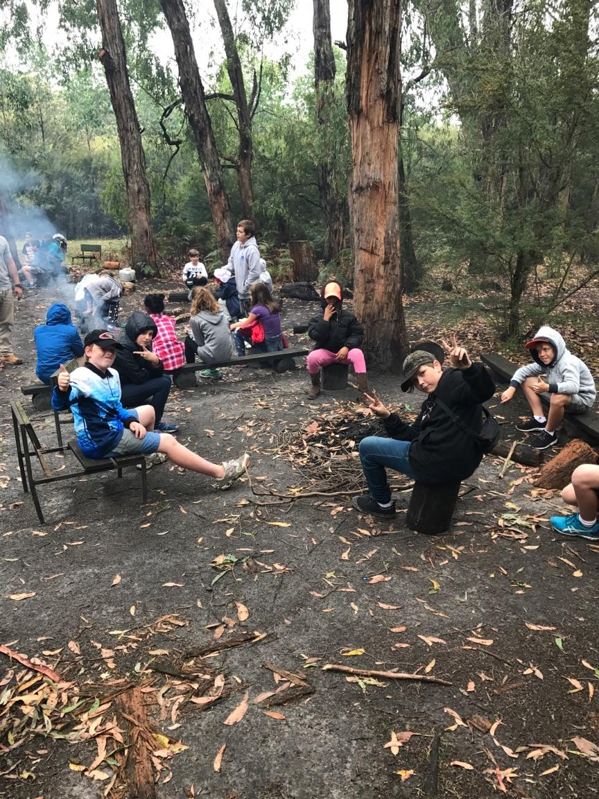 /uploaded_files/media/gallery/1487071675camp fire.jpg